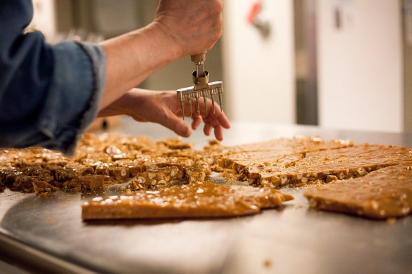 Picture of Curried Cashew Brittle